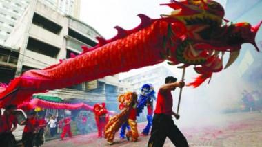 التنين الصيني عنصر الخير.. والأوروبي شرير