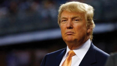 ترامب يدعو «آبل» لتصنيع أجهزتها في الولايات المتحدة بدلا من الصين