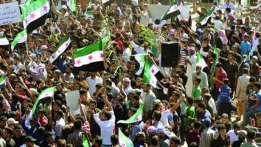 تظاهرات في إدلب تطالب بحماية دولية