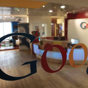غوغل تطلق ميزة  لركن السيارات