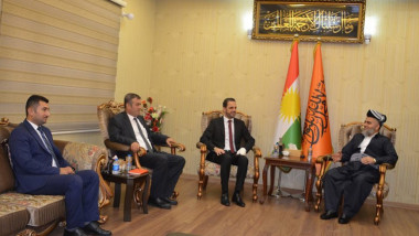 أربعة أحزاب كردستانية تبحث تشكيل جبهة معارضة في الإقليم