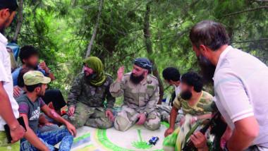 التنافس على إدارة مناطق المعارضة يهدّد اتفاق إدلب