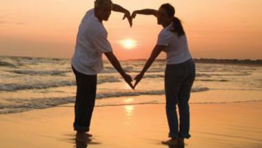 الحب يعمّر أساس الكون
