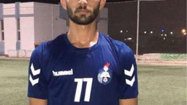 الطبيب عبد الله عمار محترف  نادي العربي الإماراتي