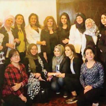 المرأة ومراكز صنع القرار في اجتماع منتدى الإعلاميات