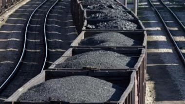 تحذير من صناعة الوقود الأحفوري