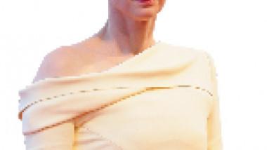 عرض أجمل أفلام تيلدا سوينتون  في عيد ميلادها الـ 58