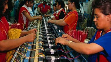 هل تساعد التكنولوجيات الجديدة الدول النامية أو تضر بها؟