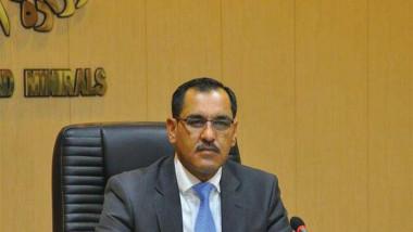 وزير الصناعة يدعو الى وضع خطط مستقبلية للنهوض بواقع الشركات