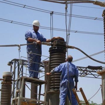 29 مليار دولار بددتها الكهرباء على مشاريع لم تحقق نصف طاقاتها الإنتاجية في 12 سنة