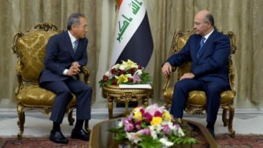 صالح يدعو كوريا للمساهمة في إعادة إعمار العراق