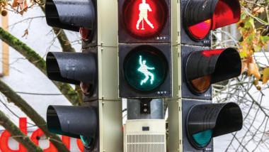 إلفيس بريسلي في إشارة المرور