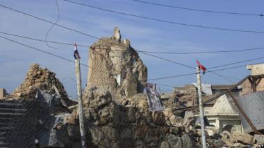 البدء بإعادة بناء الجامع النوري والحدباء في الموصل
