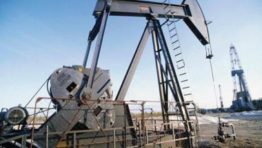 السعودية تسعى لإقناع روسيا بالانضمام إلى تخفيضات إنتاج النفط