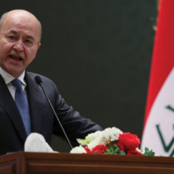 برهم صالح يطالب بإبعاد مجالس المحافظات عن الصراعات وحصرها بخدمة المواطنين