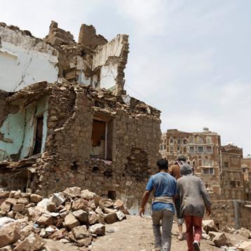 دعوا الشعب اليمني يعيش ويقرر!