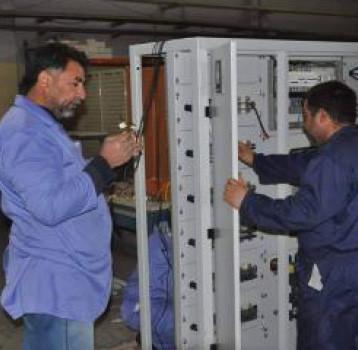 «الزوراء « تجهز  وزارة الكهرباء بالمحطات الصندوقية