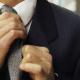أطباء يرصدون ما تفعله ربطة العنق بجسم الإنسان