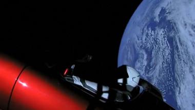 أول مولود في الفضاء يكلف 5 ملايين دولار