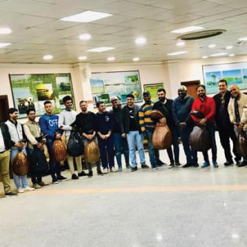 عشرات المبدعين احتفوا  بالعود العراقي في البصرة