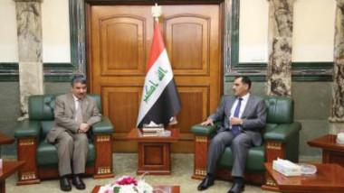 وزير الصناعة يبحث التعاون الصناعي والاستثمار  مع سفراء مصر وتونس وقطر والكويت