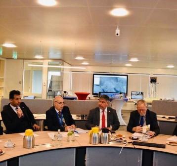 الموارد تبحث مع شركة هولندية معالجة اللسان الملحي في شط العرب