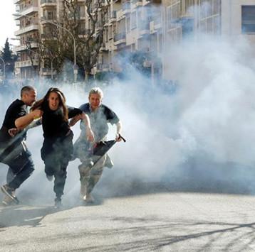 اشتباكات جديدة في الأسبوع التاسع عشر  لاحتجاجات «السترات الصفراء» بفرنسا