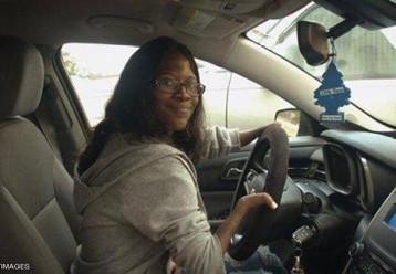 سائقة من دون يدين