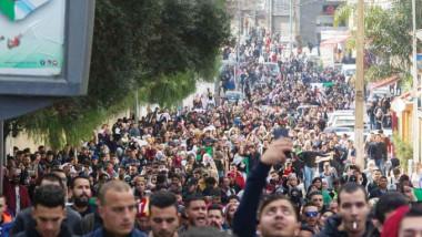 قدامى المحاربين الجزائريين يدعمون  المطالبة بإنهاء حكم بوتفليقة
