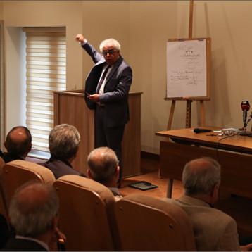 كلية الفنون بجامعة السليمانية تحتضن رقائم كتابة النص الشعري تشكيلياً
