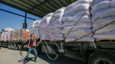 الأونروا: أكثر من نصف سكان غزة لن يحصلوا  على طعام كاف الشهر المقبل