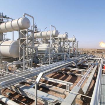 43.8 مليار دولار إيرادات البلاد الإضافية من النفط في السنتين الأخيرتين
