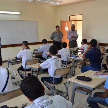 اكثر من 465 الف طالب يؤدون امتحانات المرحلة الاعدادية النهائية اليوم