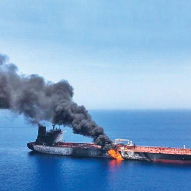 الغرب يدرس تشكيل قوة بحرية مشتركة  لحماية ناقلات النفط بعد تنامي التوتر في الخليج