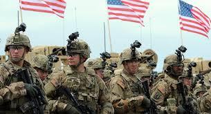 التحالف الدولي ينفي علمه بأنباء إجلاء موظفيه من قاعدة عسكرية بالعراق