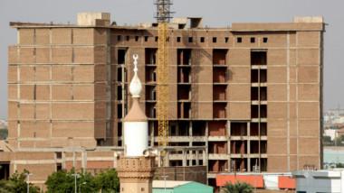 السودانيون يتخوفون من استحواذ قوات الدعم  السريع على مقر حزب البشير في الخرطوم