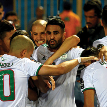تونس والجزائر.. يدعّون الـ «CAF»