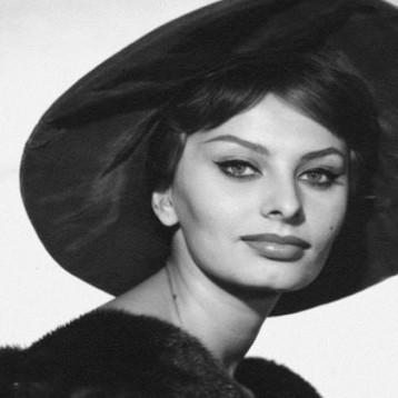 صوفيا لورين  «الساحرة الإيطالية« تعود الى السينما
