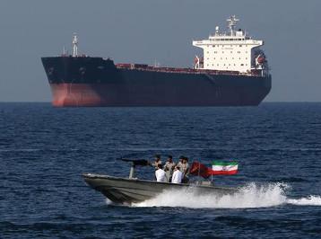 ظريف: ايران هي الضامن للأمن في الخليج ومضيق هرمز وعلى بريطانيا وقف الإرهاب الاقتصادي