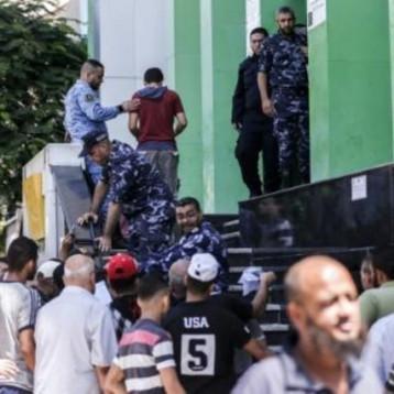 مساعدات قطرية لستين الف عائلة فقيرة في غزة