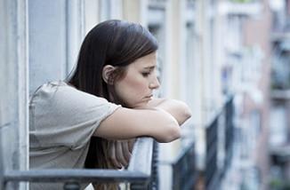 نساء منتصف العمر  اكثر عرضة للاكتئاب