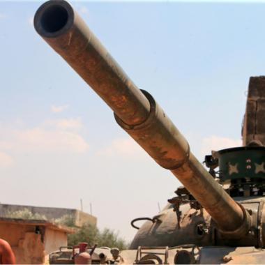 الفصائل الجهادية والمعارضة تنسحب من خان شيخون وريف حماة الشمالي وحديث عن إعادة تمركز