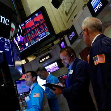 توقف موجة صعود الأسهم الأميركية
