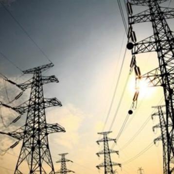 توقيع اتفاقية للربط الكهربائي بين العراق والأردن لسد النقص في البلاد