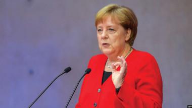 ميركل تستقبل ماكرون عشية تولي المانيا رئاسة الاتحاد الاوروبي