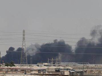 تحقيقات أميركية – سعودية ترجح قصف منشاتي أرامكو بصواريخ كروز مدعومة بالطائرات المسيرة