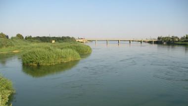 مناسيب المياه ترتفع في نهر الفرات وامانة بغداد تهيء  440 آلية تخصصية استعداداً لموسم الامطار