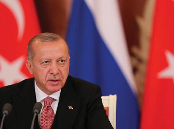 """إردوغان يهدد باستئناف الهجوم في سوريا """"بعزم أكبر"""" إذا لم يستكمل الأكراد انسحابهم"""