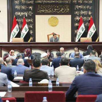 القانونية النيابية: التصويت البرلماني كفيل بحل مشكلة الدوائر المتعددة