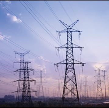 «الفولاذية» تعلن عن إمكانياتها في تصنيع ملحقات ابراج نقل الطاقة الكهربائية